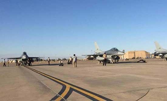 قصف صاروخي على قاعدة عراقية تضم متعاقدين أميركيين.. جرح 5 جنود عراقيين