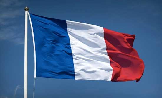فرنسا: عودة طلاب الصفوف المتوسطة والثانوية إلى مدارسهم