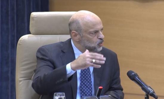 بالفيديو : كلمة الرزاز في جلسة مجلس الوزراء بخصوص رفع الرواتب وتحفيز الاستثمار