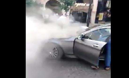 فيديو :  احتراق مركبة في عمان