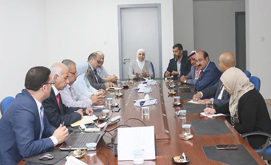اللجنة الإدارية النيابية تزور معهد الإدارة العامة
