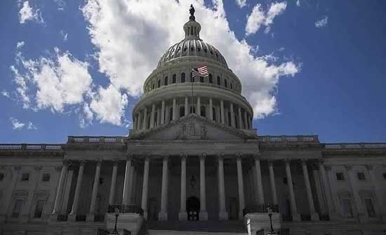 """""""الشيوخ الأمريكي"""" يقر 250 مليار دولار لكبح الطموح الصيني"""