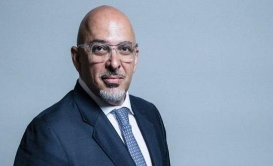 وزير بريطاني: شهادات لقاح كورونا شرط لدخول الأماكن المغلقة