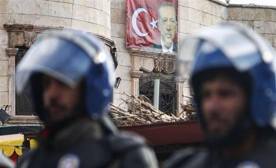 تركيا توقف المئات من معارضي عملية عفرين