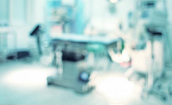 إغلاق غرفة العمليات في مستشفى جرش الحكومي بعد إصابة طبيب تخدير