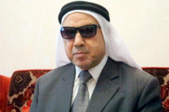العيسوي ينقل تعازي الملك بوفاة الشيخ كامل اللالا