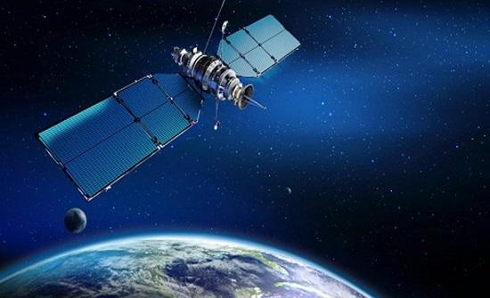 الصين تطلق قمرا صناعيا للمراقبة البيئية