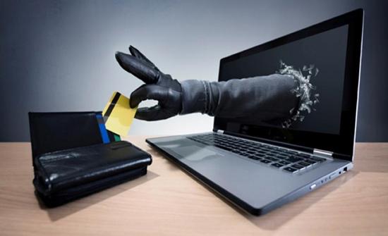 مطالبة بقانون لمكافحة التسول الالكتروني