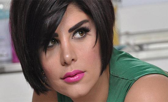 شاهد : شمس الكويتية تبرز أنوثتها بإطلالة مثيرة