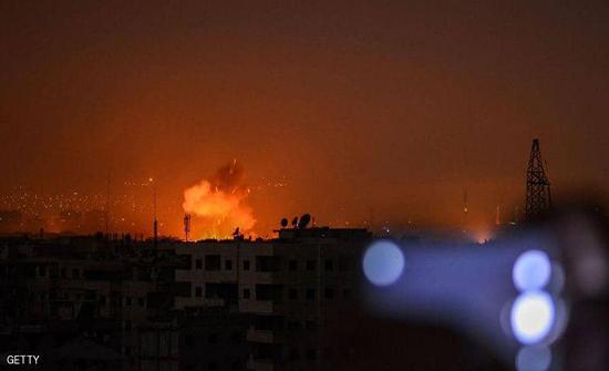 سوريا.. طائرات مسيرة تستهدف مناطق نفوذ قوات الحكومة وحلفائها