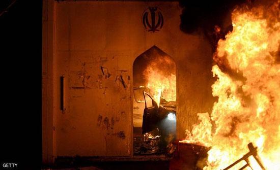 """بعد إحراق القنصلية الإيرانية.. إجراءات """"طارئة"""" في النجف"""
