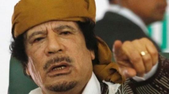 هل منح القذافي علي الديك مليون دولار؟