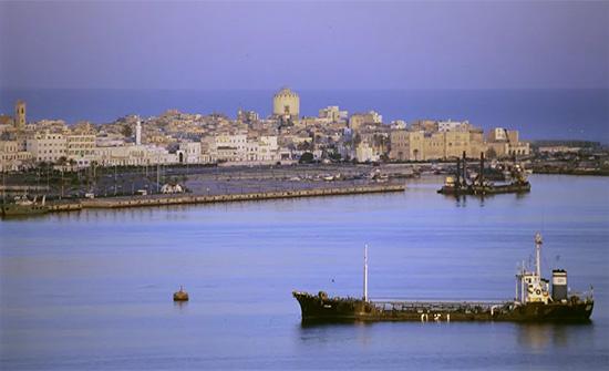وفد مصري وصل طرابلس للإعلان عن إعادة افتتاح السفارة المصرية