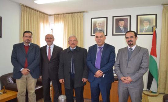 جامعة إربد الأهلية تستقبل وفداً من الشركة المتحدة للإنتاج التعليمي