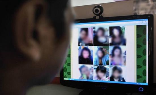 تفكيك عصابة للابتزاز الجنسي عبر الانترنت في المغرب