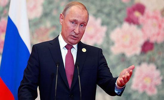 بوتين: روسيا مستعدة لتأييد رفع حماية الملكية الفكرية عن اللقاحات المضادة لكورونا