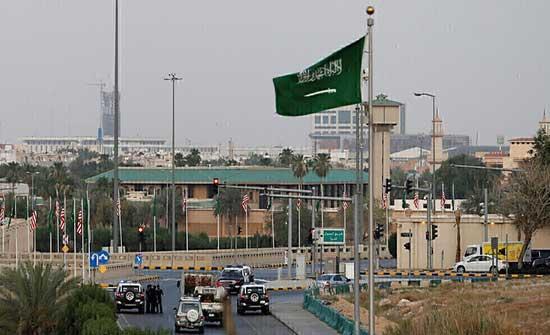 السعودية تلزم الأجانب القادمين امتلاك تأمين صحي يغطي الإصابة بكورونا