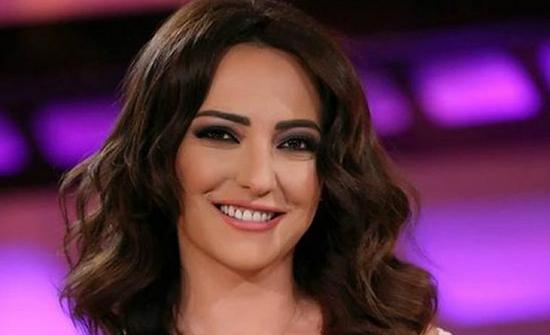 صورة : أمل عرفة تنعي نفسها بعد اعتزالها  وتثير جدل مواقع التواصل