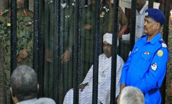 الحكم بالسجن 10 سنوات على الرئيس السوداني المعزول عمر البشير