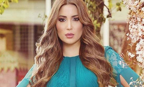 شاهد : نسرين طافش تبهر متابعيها بإطلالتها في مهرجان الجونة