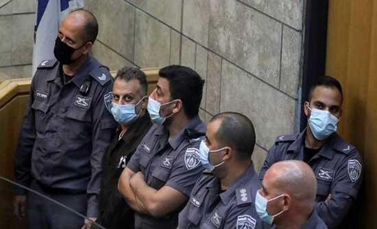 بالصور.. الأسيران يعقوب قادري ومحمود عارضة داخل المحكمة