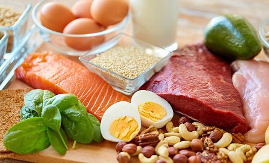 الشعور الدائم بالجوع.. من علامات نقص البروتين