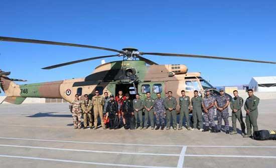 تمرين مشترك في قيادة القوة البحرية والزوارق الملكية  .. صور