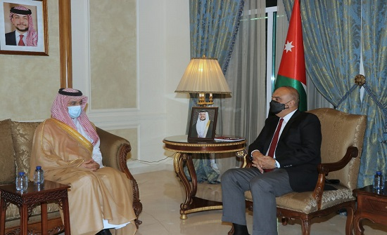رئيس الوزراء يلتقي الرئيس التنفيذي للصندوق السعودي للتنمية