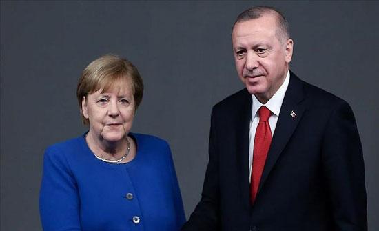 أردوغان يثمن دور ميركل في تغليب الحوار التركي الأوروبي