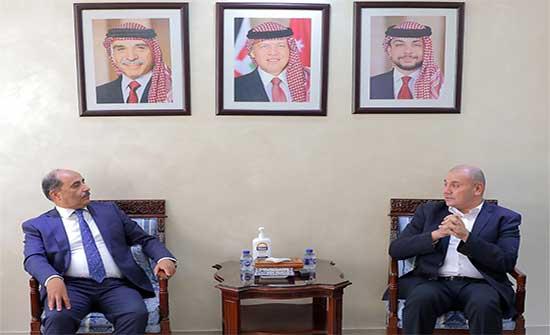 رئيس مجلس النواب يستقبل وزير الزراعة الفلسطيني