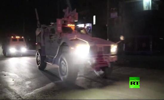 بالفيديو : قوات أمريكية تدخل العراق عبر معبر سحيلة في محافظة دهوك