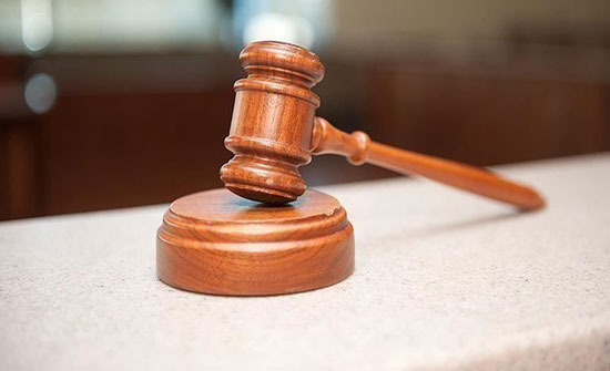 """محكمة مصرية تقضي ببراءة 28 في قضية """"تظاهر"""""""