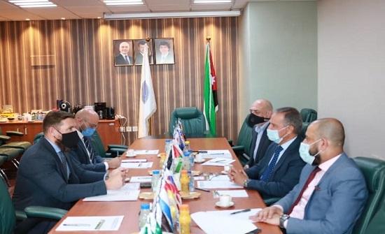 بحث تعزيز علاقات الأردن الاقتصادية مع بولندا