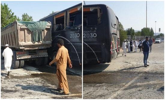 إصابة 18 معتمرًا بحادث تصادم في مكة المكرمة (صور)