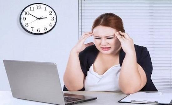 الوظائف الشاقة تزيد وزن النساء