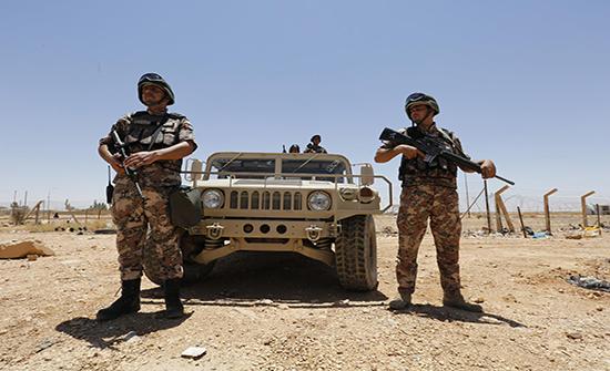 القوات المسلحة: مقتل شخصين حاولا التسلل وتهريب مواد مخدرة