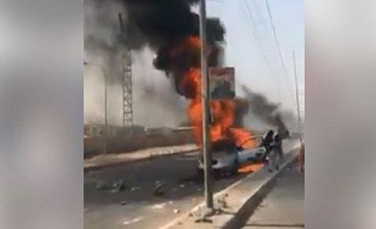 بالفيديو :  احتراق سيارة في بغداد خلال التظاهرات ومقتل طفلة كانت داخلها