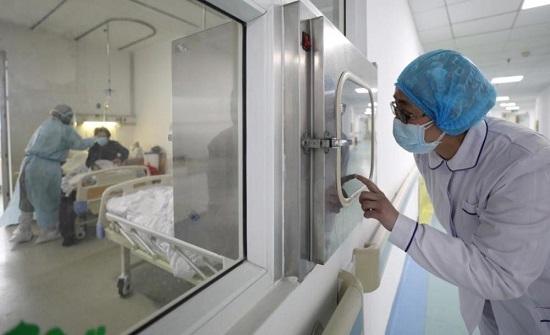 شفاء 3 حالات من فيروس كورونا بمستشفى الملك المؤسس