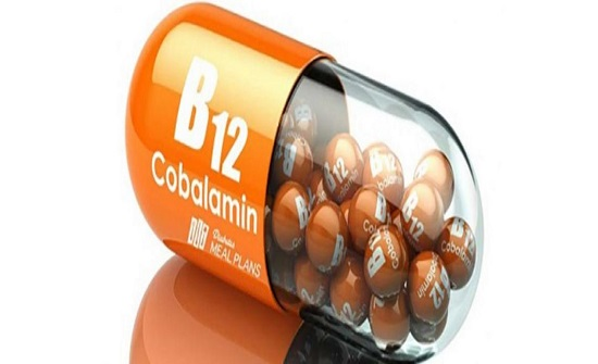 """علامة """"مقلقة"""" في عينيك قد تدل على نقص فيتامين B12 في جسمك!"""