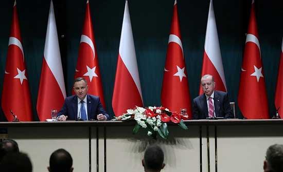 أندريه دودا: أشكر أردوغان على دور الطيارين الأتراك في حماية سماء بولندا