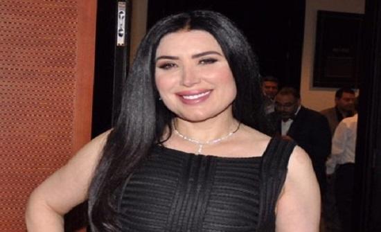 عبير صبري: اللي بشتمني مش حسكتله.. وكل واحد حيتحاسب لوحده
