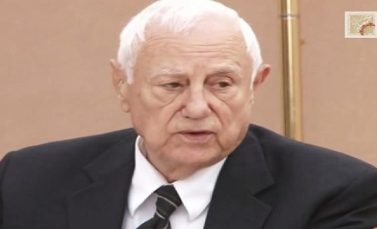 الرزاز ينعى وزير الخارجية الاسبق كامل ابو جابر