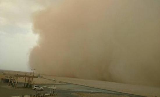 الأرصاد الجوية تحذر من زخات مطرية وتشكل الغبار جنوبي المملكة