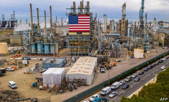 مكاسب تتجاوز 10% لخام النفط الأميركي