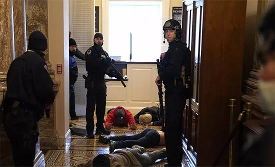 اللجنة القضائية بالنواب الأمريكي : ترامب ارتكب جريمة شنيعة ضد البلاد