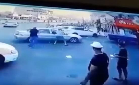 انباء .. تفاصيل عن حادثة طعن ركاب سيارة في الزرقاء - فيديو