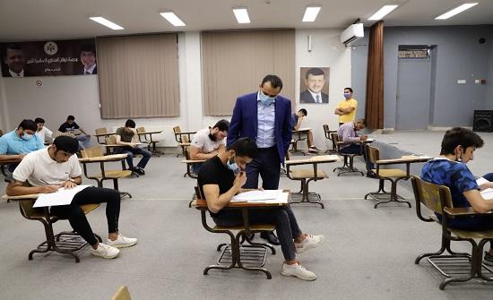 كوادر وزارة التربية تستمر بتفقد قاعات امتحان الثانوية العامة