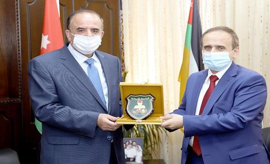 الأردنية تبحث التعاون مع وزارة التعليم العالي اليمنية