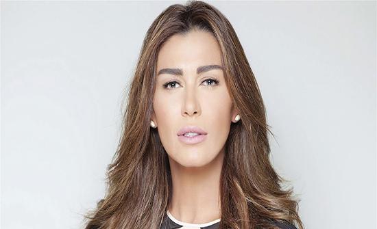 """نادين الراسي لممثلة: """"كان لازم أخرب عرسك"""" (صورة)"""
