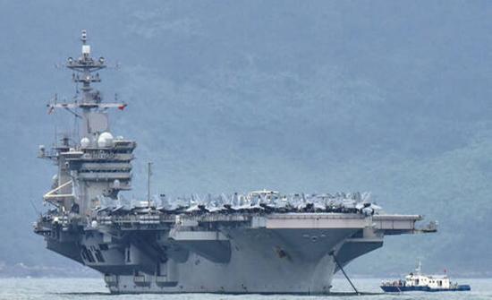 """البنتاغون: قيادة حاملة الطائرات """"USS Roosevelt"""" تسببت في تفشي كورونا بين الطاقم"""